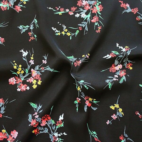 "100% Viskose Javanaise ""Fashion Flowers 7"" Farbe Schwarz"