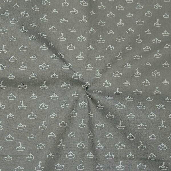 Baumwollstoff Papierschiffchen Grau