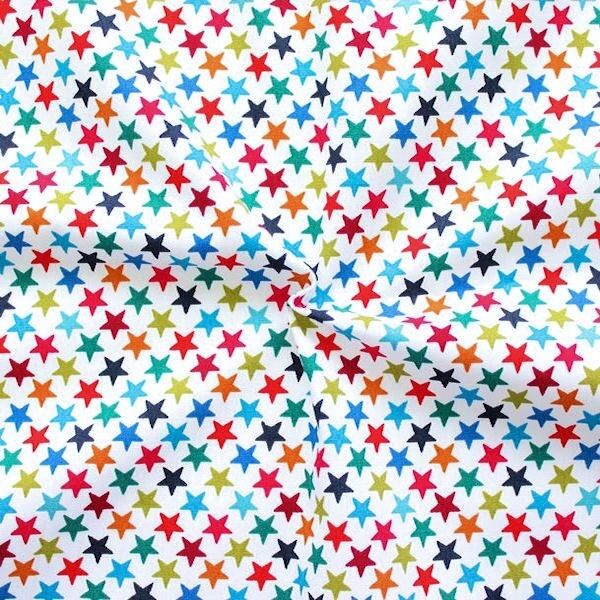 "100% Baumwollstoff ""Bunte Sterne 2"" Farbe Weiss"