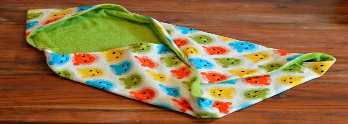 kostenlose n hanleitung f r ein baby handtuch mit kapuze. Black Bedroom Furniture Sets. Home Design Ideas