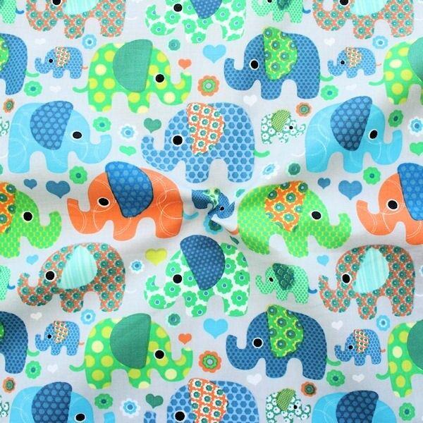 "100% Baumwolle Popeline ""Patchwork Elephants 3"" Farbe Hell-Grau"