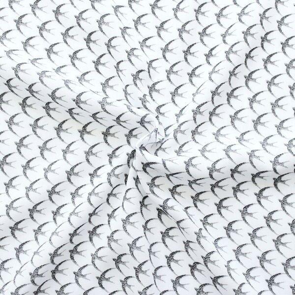 Viskose-Javanaise in Weiß mit grauen Schwalben