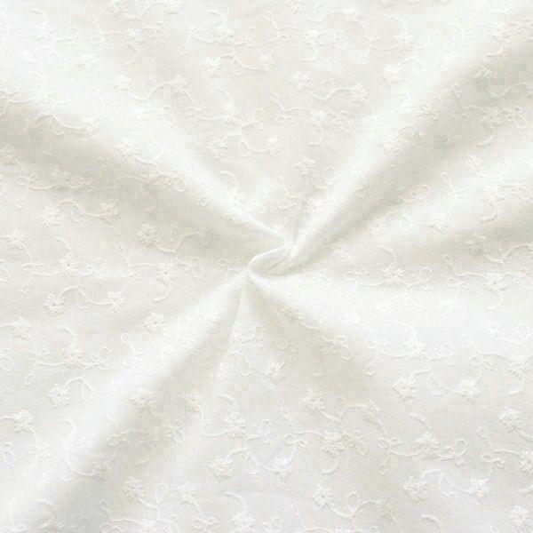 Baumwollstoff bestickt Blumenranken Creme-Weiss