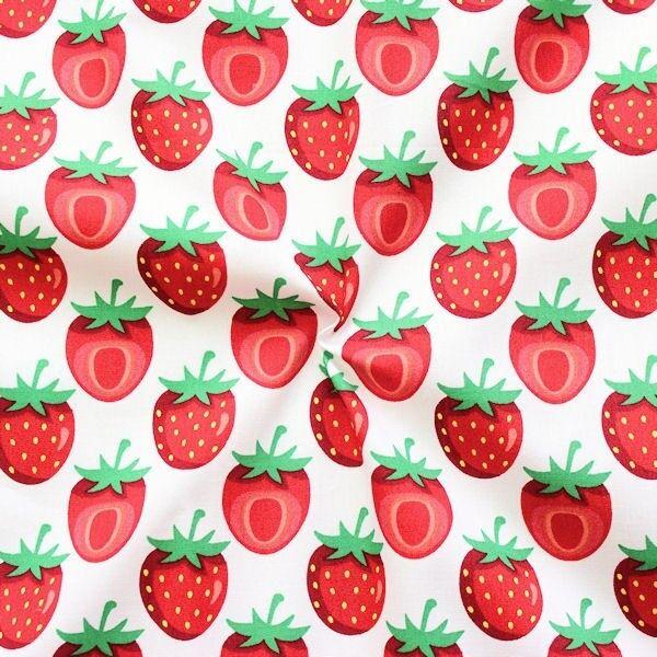"""100% Baumwollstoff """"Erdbeeren Mittel 3"""" Farbe Weiss"""