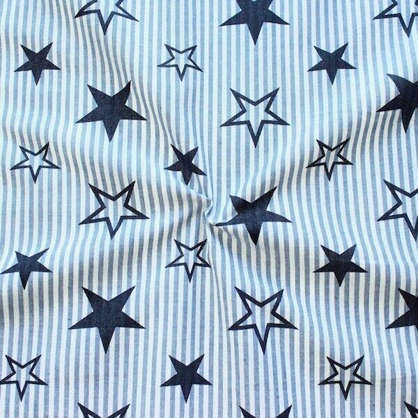 "100% Baumwollstoff ""Stars & Stripes"" Farbe Blau-Weiss"